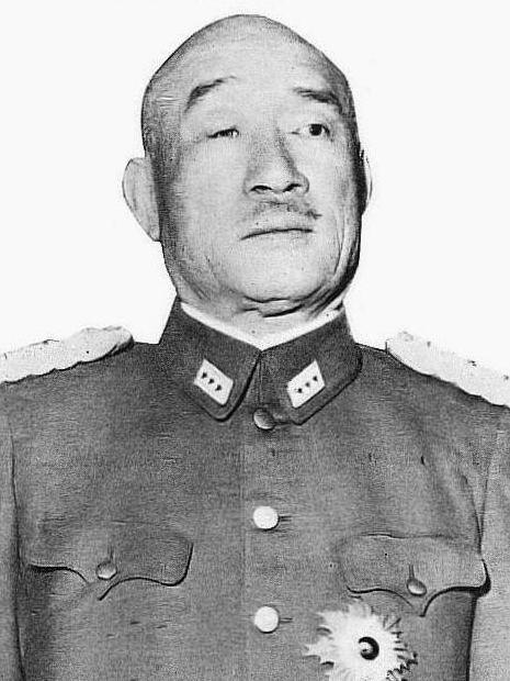 Хадзимэ Сугияма на рубеже 1930-х и 1940-х гг