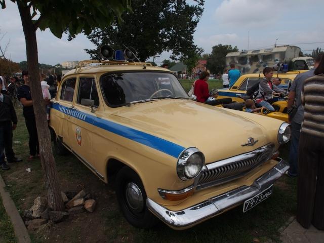 Машина приднестровской Госавтоинспекции в Тирасполе