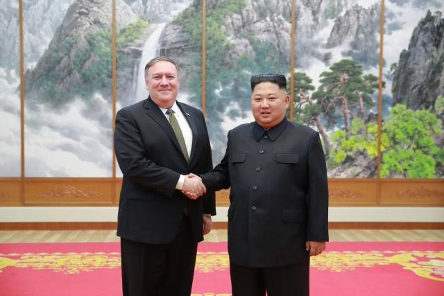 Помпео: На переговорах с Ким Чен Ыном удалось достичь прогресса