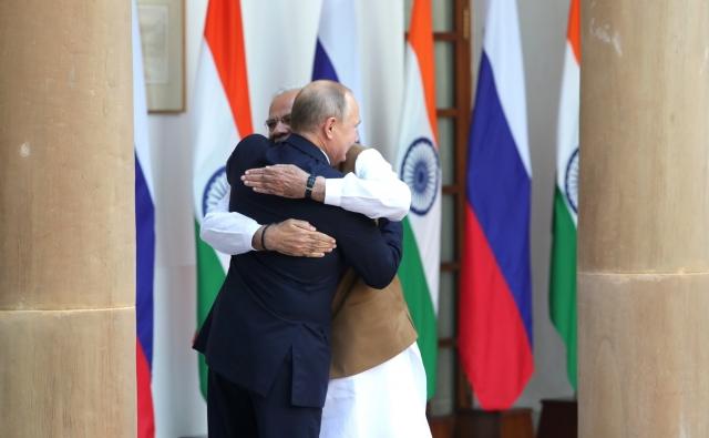 Asia Times: Политика Трампа способствует сближению Индии и России