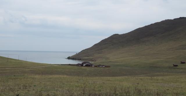 Байкал. Турбаза «Бухта Ая», построенная «благодаря» двум домикам ДНТ «Лайт»