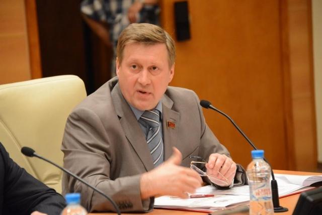 Локоть намерен ограничить полномочия мэра Новосибирска двумя сроками