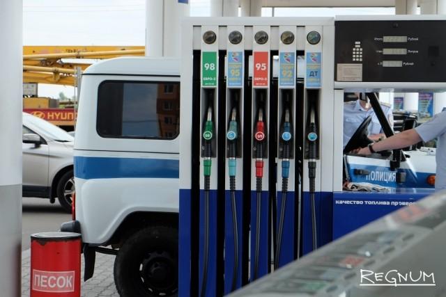 Цены на бензин в России растут с начала октября