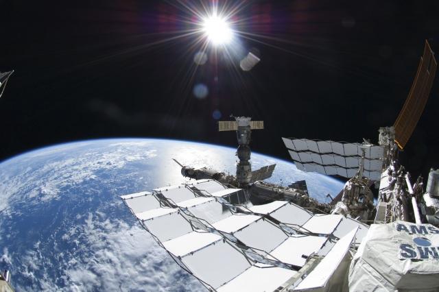 Роскосмос: МКС может остаться без экипажа