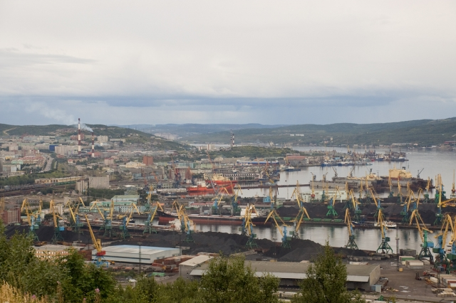 Порты Арктики за девять месяцев: Мурманск – неоспоримый лидер
