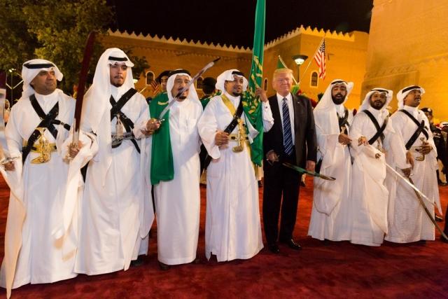 Дональд Трамп и король Сальман бен Абдель Азиз Аль Сауд
