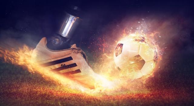 В 2050 году роботы смогут обыграть футболистов, заявил академик РАН