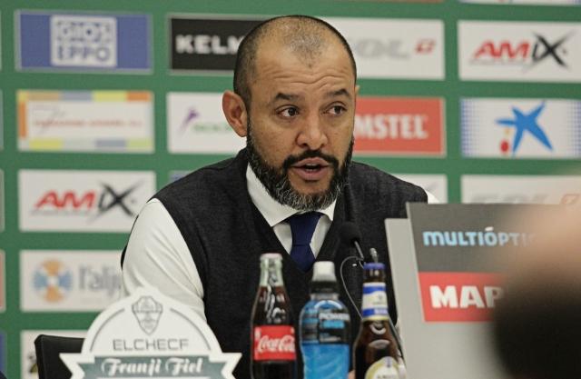 Английская Премьер-лига назвала лучшего тренера в сентябре