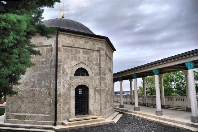 Мавзолей Гюль Бабы в Будапеште