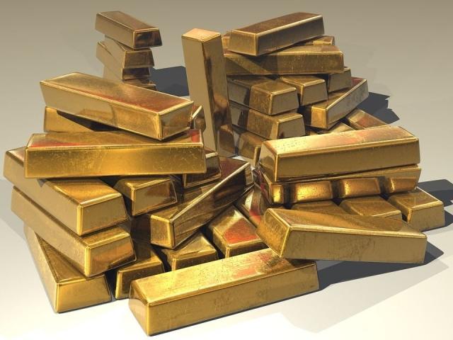 Индия, второй импортер золота в мире, сократила ввоз драгметалла на 14%