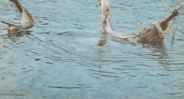 В Черном море затонул теплоход с металлоломом