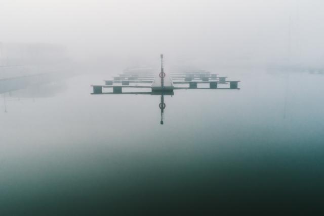 Таллинский порт в тумане