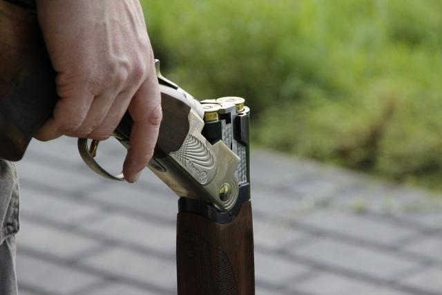 Житель Азова случайно застрелил знакомого на охоте