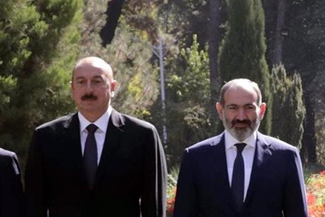 Ильхам Алиев И Никол Пашинян на встрече глав государств СНГ в Душанбе