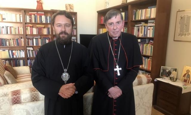 Дороги Московского патриархата и Святого престола стали обходить Киев