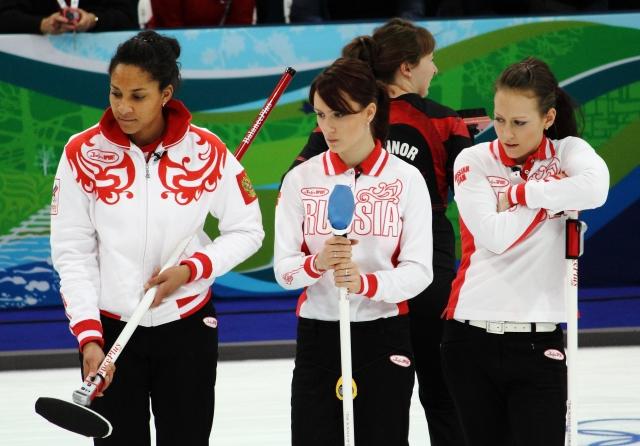 Российские керлингисты вышли в полуфинал ЧМ среди смешанных команд