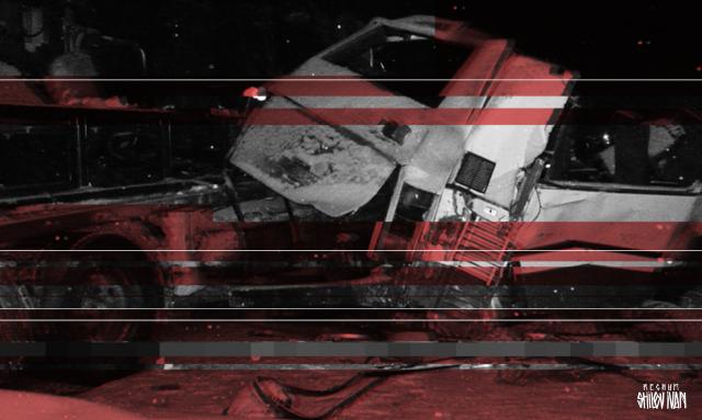 Три человека пострадали в микроавтобусе при ДТП с КАМАЗом в Петербурге