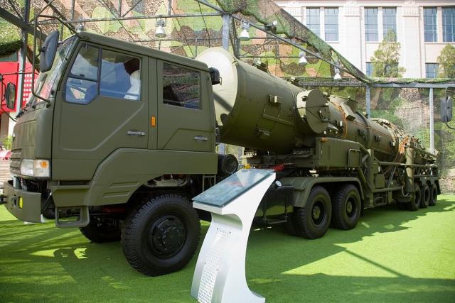 Баллистическая ракета DF-21