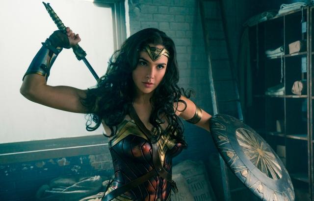 Warner Bros. на семь месяцев перенесла дату премьеры сиквела «Чудо-женщины»