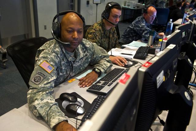 США начали «первую кибероперацию» против России