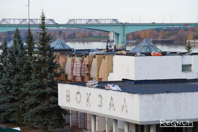 Ярославские архитекторы просят губернатора спасти здание Речного вокзала
