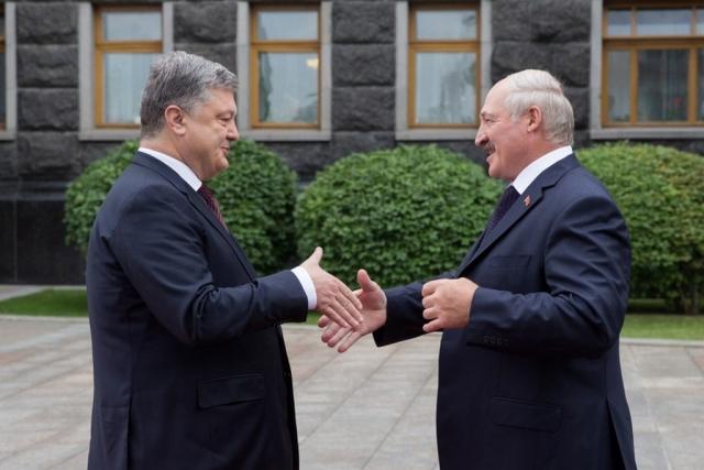 Порошенко высказался о 100-процентном доверии к Лукашенко
