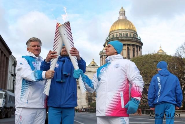 Биатлонист Дмитрий Васильев во время эстафеты