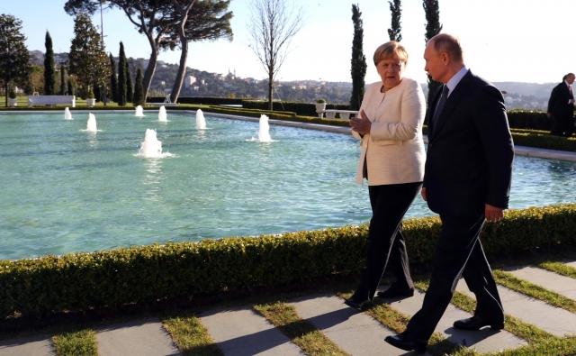 Меркель поставили в вину «дружелюбие» к Путину и Эрдогану