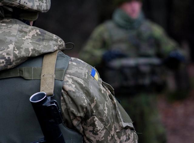 В Очакове трое солдат ВСУ попытались украсть почти два десятка телевизоров