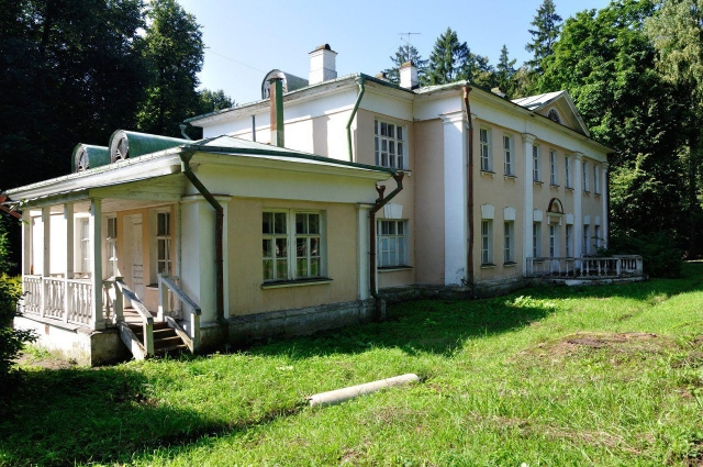 Здание школьного музея