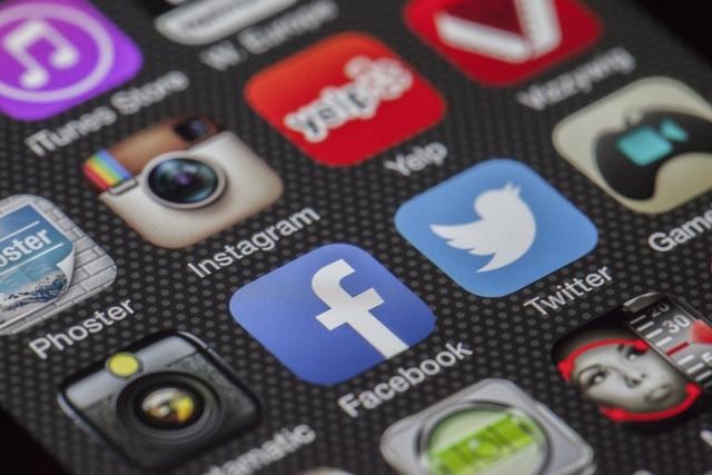 Проведен опрос граждан России по использованию соцсетей