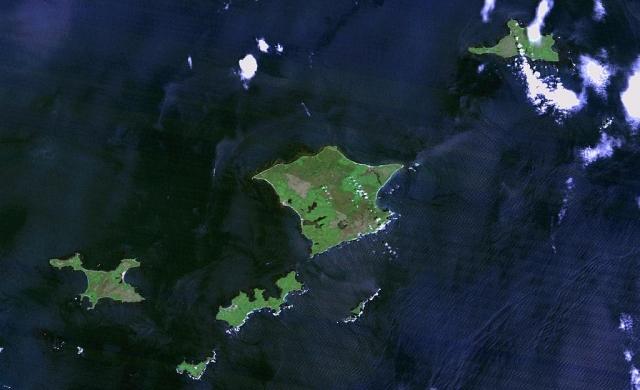 Архипелаг Хабомаи. Вид с космоса