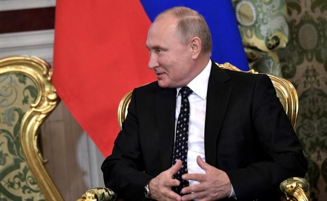 Путин рассказал о важности российской нефти для Кубы