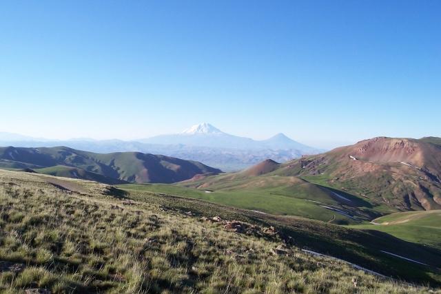 Армянское нагорье возле ирано-турецкой границы