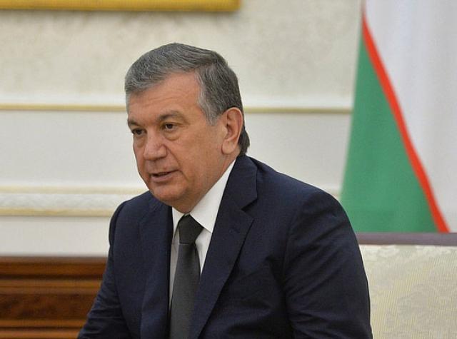Президент Узбекистана раскритиковал положение в средних школах