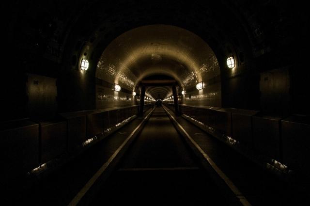 Маск показал видео из скоростного туннеля под Лос-Анджелесом