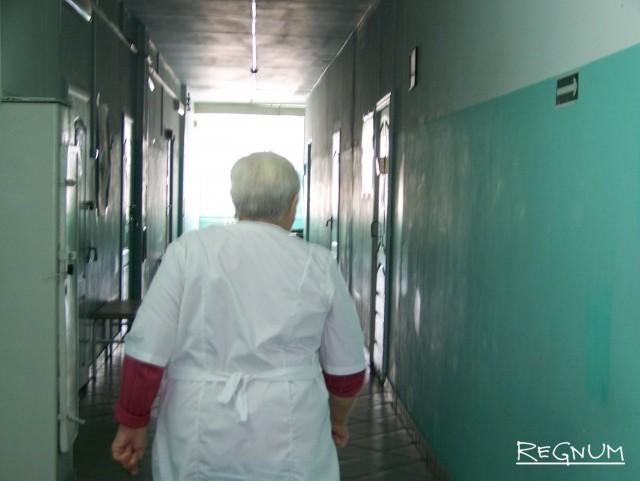 В коридоре ЦРБ Топчихинского района