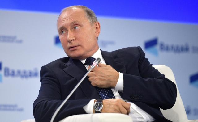 Владимир Путин на пленарной сессии юбилейного XV заседания Международного дискуссионного клуба «Валдай». 18 октября 2018 года, Сочи