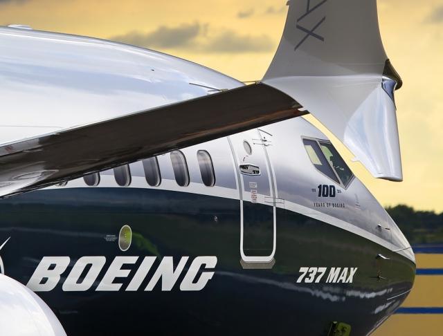 Boeing предупредит авиакомпании об опасности новых 737 Max
