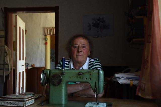 Христель Герт 81 год, Богард: «Раньше жили лучше, чем сейчас, был порядок. Мы были уверенны в завтрашнем дне. Работали. Жили дружно. В деревне соседи всегда помогали друг другу, жили как одна семья. Сегодня каждый живет сам по себе, каждый за своим забором»