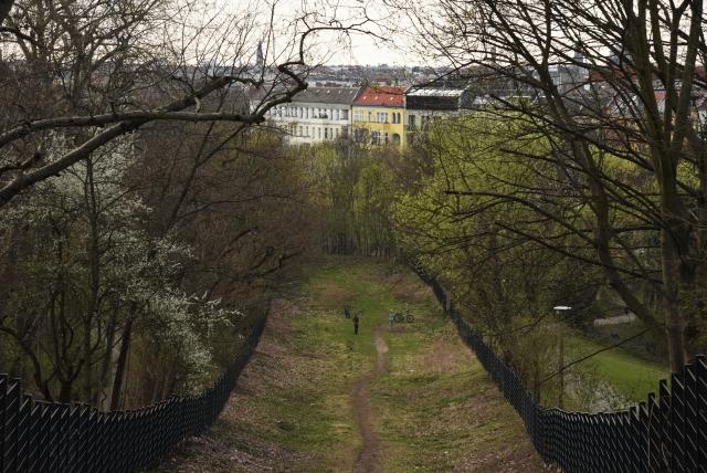 Остальгия: как миллионы немцев хотят «назад, в ГДР» и что из этого выходит