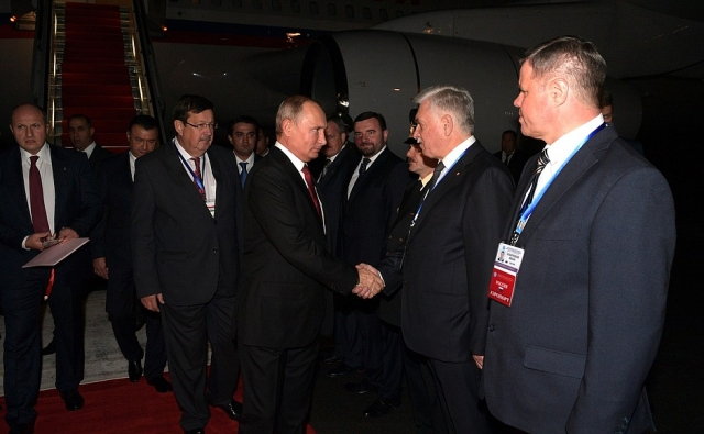 Рабочий визит Владимира Путина в Таджикистан для участия в саммите СНГ. 27 сентября 2018 года