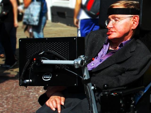Личные вещи Стивена Хокинга ушли с молотка за $1,6 млн