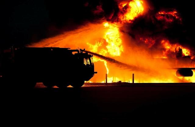 Возбуждено уголовное дело после гибели людей при пожаре в Мурино
