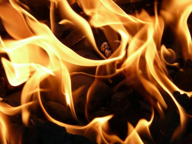 При пожаре в жилом доме под Волгоградом погибли три ребенка