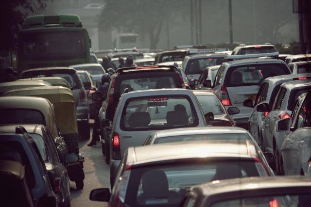 В Индии благодаря усилиям правительства снижаются цены на топливо