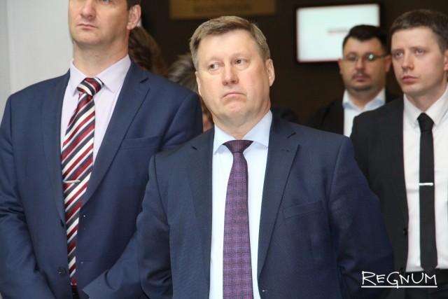 «Левый пояс» Сибири: зачем коммунистам из Новосибирска выборы в Хакасии