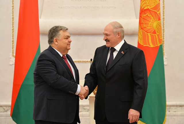 Латиф Гандилов и Александр Лукашенко