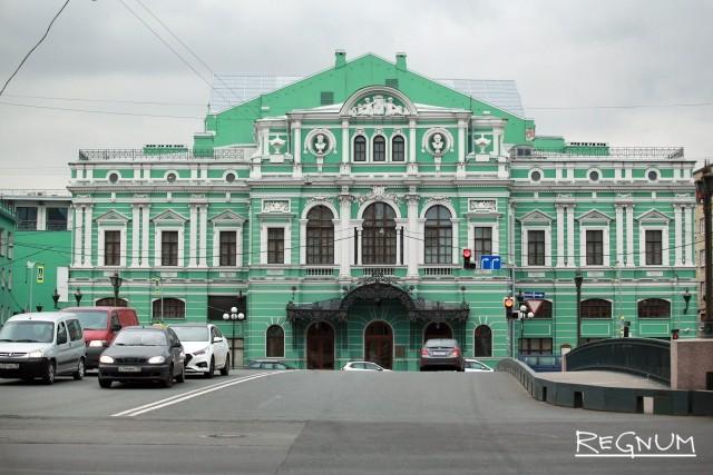 Реконструкция БДТ в Петербурге потянула на три уголовных дела