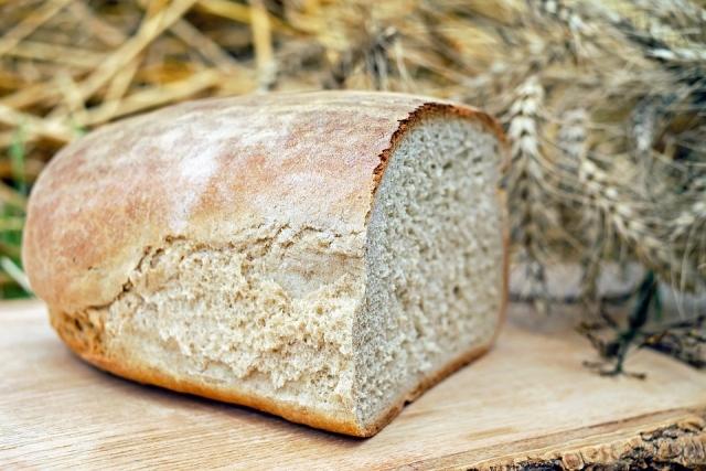 Хлеб небезопасен: Роспотребнадзор обнаружил токсины и грибок